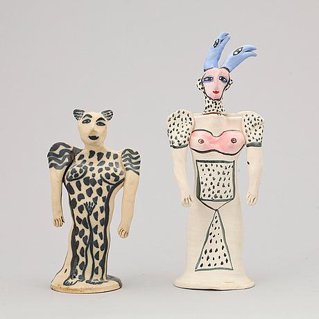 Skulpturer, Bukowskis, utrop 1 500 kr. Höjd 19 cm, resp 27 cm. År 2013.